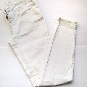 White denim size 5 skinny boundaries